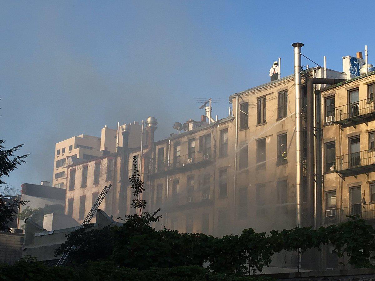 Pożar powodem paraliżu na ulicach East Village