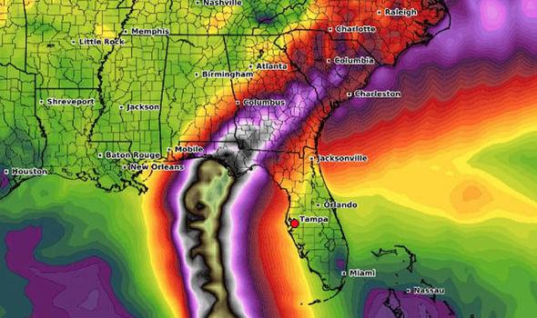 Floryda wstrzymała oddech, nadciąga potężny huragan Michael