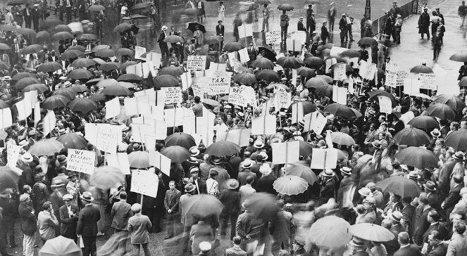 """89 lat temu na Nowojorskiej Giełdzie Papierów Wartościowych nastąpił krach, który przeszedł do historii jako """"czarny czwartek"""""""