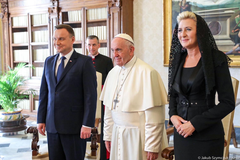 Watykan: Papież Franciszek przyjął na audiencji prezydenta Dudę., który przedstawił polskie stanowisko w kwestii migrantów