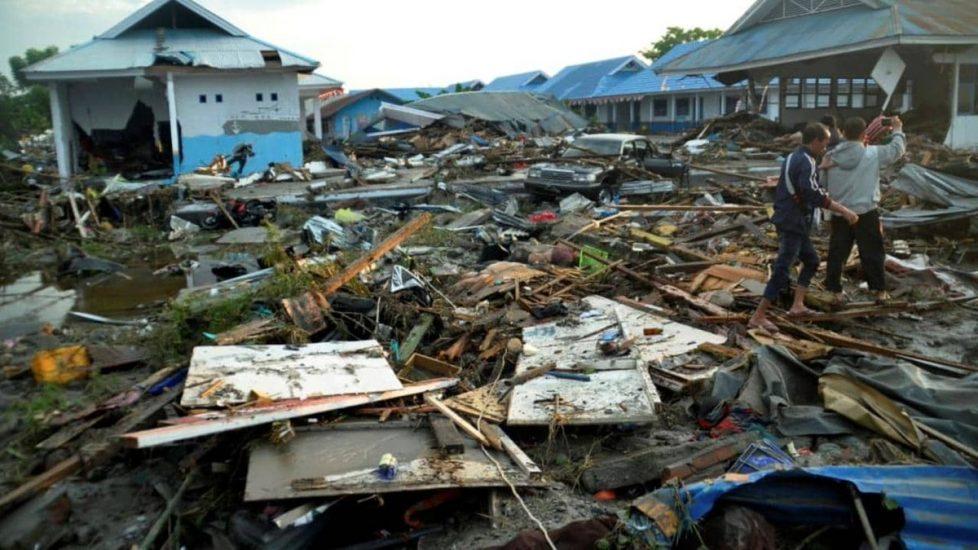 Już 1347 ofiar śmiertelnych trzęsienia ziemi i tsunami w Indonezji