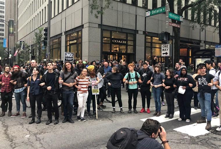 Protesty po ogłoszeniu werdyktu ws. Jasona Van Dyke'a