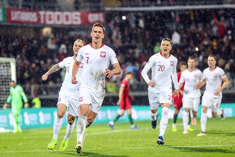 Dzięki wtorkowemu remisowi z Portugalią, reprezentacja Polski znajdzie się w pierwszym koszyku podczas losowania grup eliminacji mistrzostw Europy