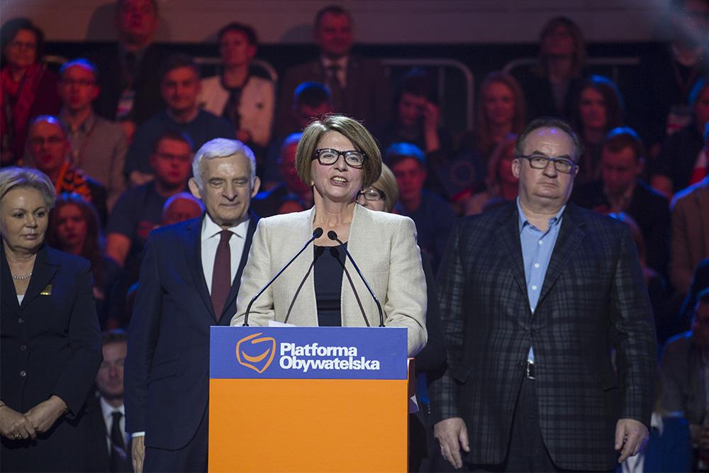 """Wystąpienie Pitery w Parlamencie Europejskim na temat Jugendamtów """"było sprzeczne ze stanowiskiem polskiego rządu, który dobro polskich dzieci traktuje jako cel priorytetowy"""""""