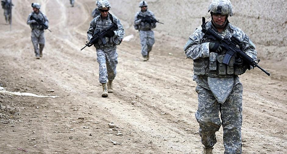 Żołnierze amerykańscy na granicy z Meksykiem. Cel: Zatrzymanie karawany migrantów z Ameryki Środkowej