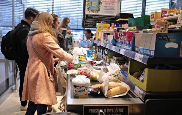 Rosjanie muszą oszczędzać na jedzeniu