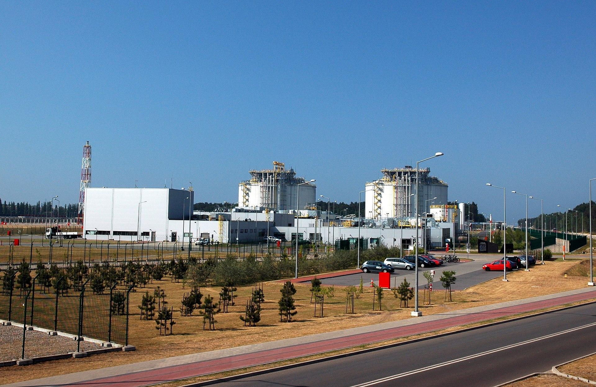 Duda: Będziemy budowali kolejny gazoport w Gdańsku lub w Gdyni