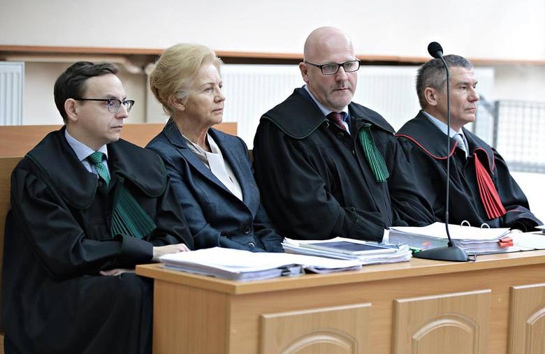 Małopolska: Sprawa śmierci ojca Ziobry. Biegły dziwi się dopiskom do jego opinii