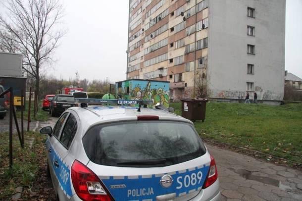 Napad w mieszkaniu w Kielcach. Policjanci znaleźli zakrwawiony młotek