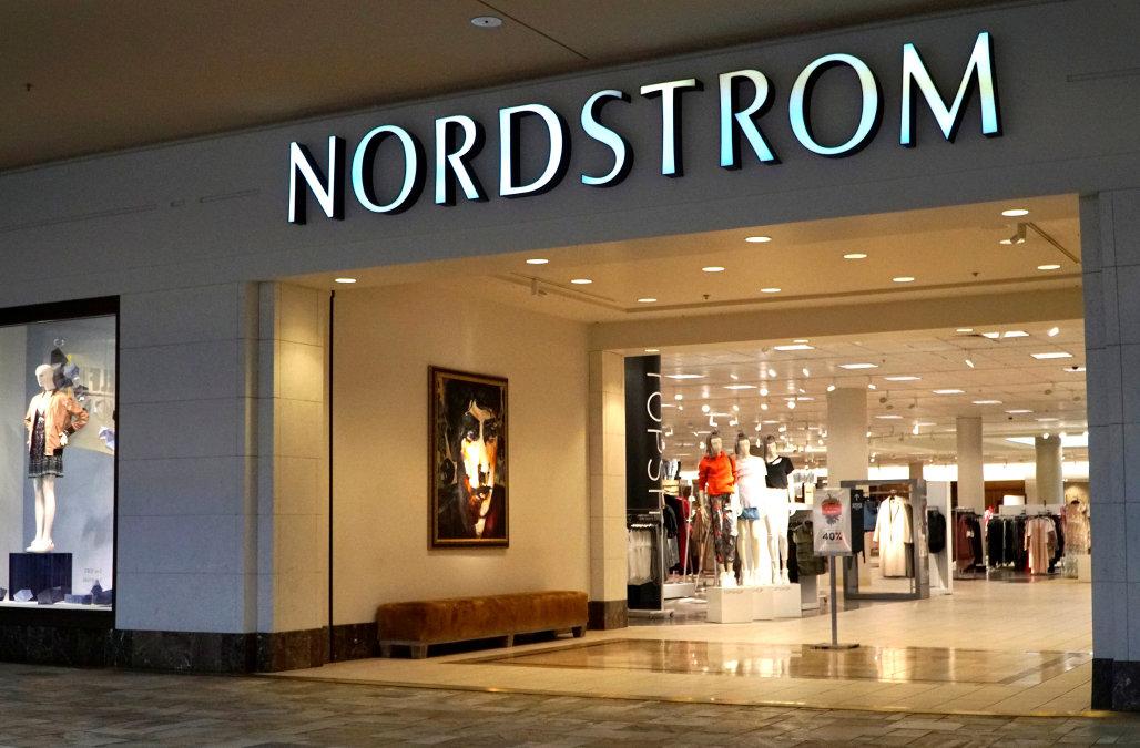 Nordstrom zamyka jeden z najstarszych sklepów w Seattle