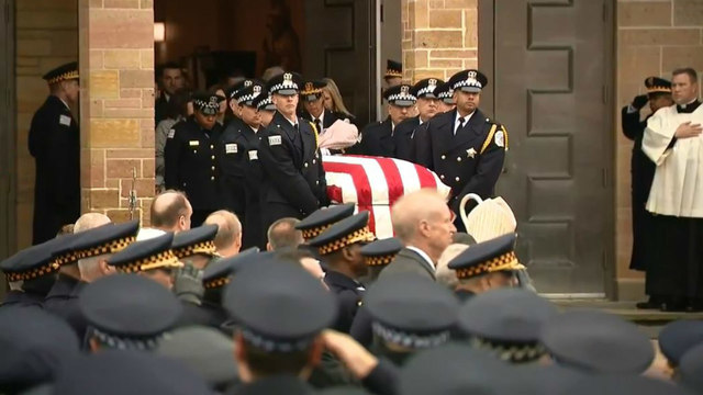 Pogrzeb policjanta Conrada Gary'ego potrąconego przez pociąg