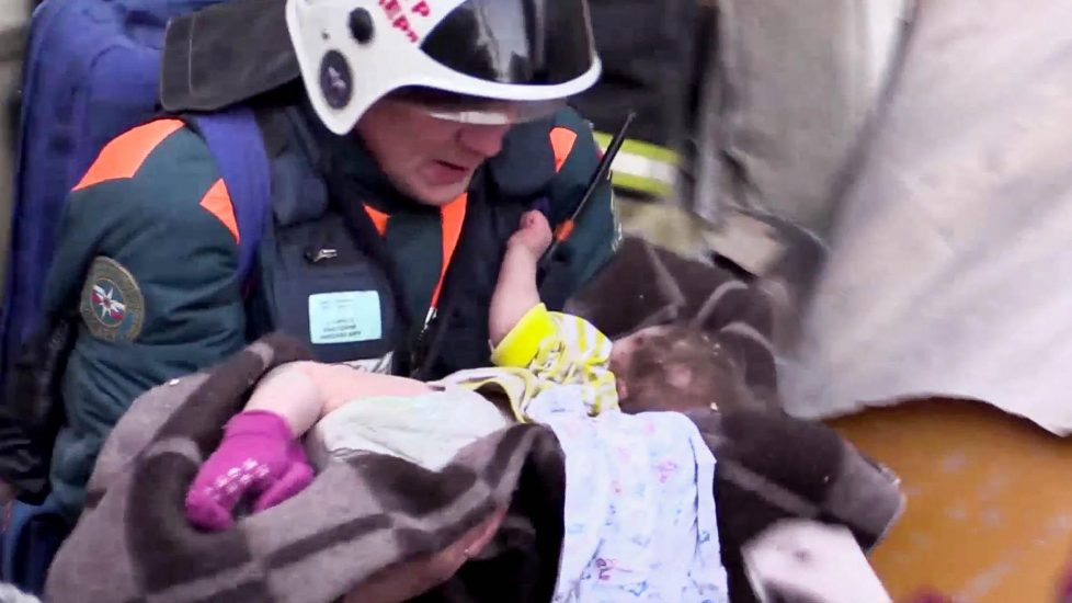 Cud w Magnitogorsku. 10 miesięczny chłopiec przeżył półtora dnia pod gruzami domu