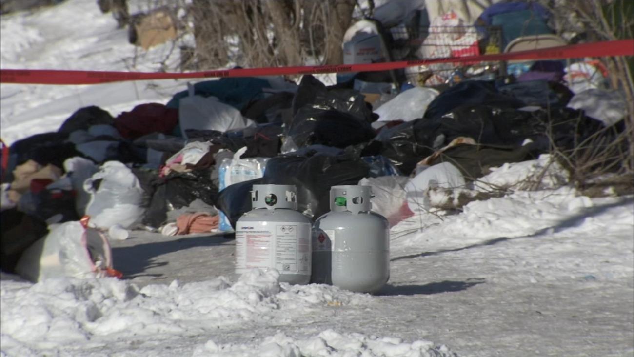 Wybuch butli z gazem w miasteczku namiotowym zajmowanym przez bezdomnych