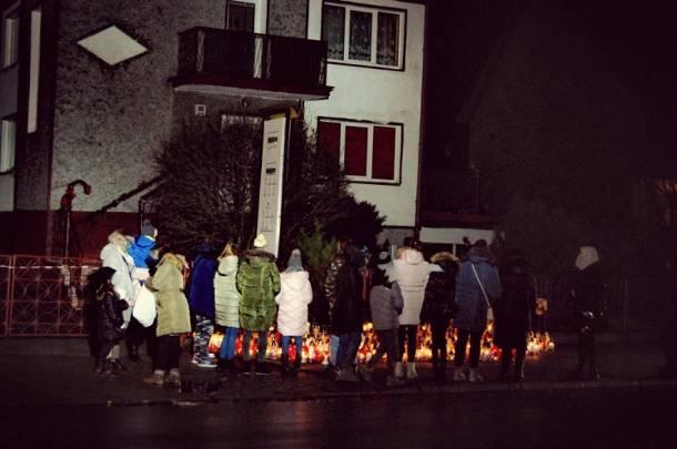 Rozpoczęły się przesłuchania rodziców tragicznie zmarłych nastolatek z Koszalina, które zginęły w escape roomie