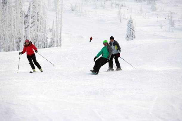 W Sudetach warunki narciarskie są doskonałe. Niestety jest też niebezpiecznie. Dlaczego?