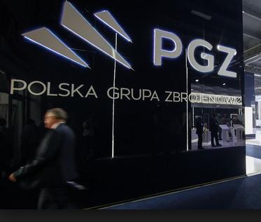 """Nowoczesna domaga się informacji w sprawie zatrzymań w Polskiej Grupy Zbrojeniowej. """"Prezes Jarosław Kaczyński wielokrotnie mówił, że nie będzie świętych krów"""""""
