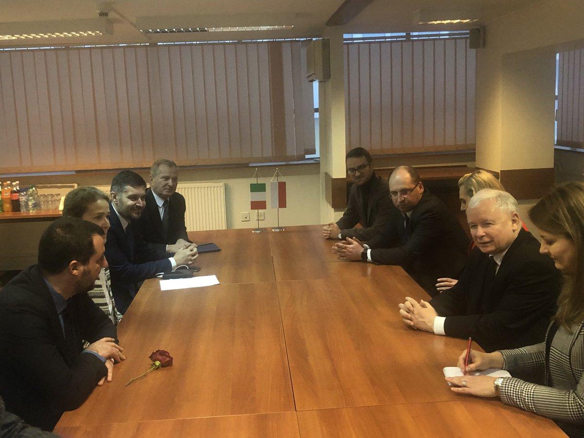 """PO chce wiedzieć o czym rozmawiał Kaczyński z Salvinim? """"Budują antyunujną międzynarodówkę?"""""""