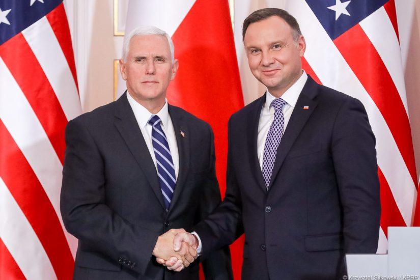 Andrzej Duda i Mike Pence kilka godzin rozmawiali o współpracy między naszymi krajami