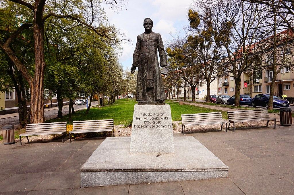 Pomnik księdza Henryka Jankowskiego trafi w inne miejsce w Gdańsku