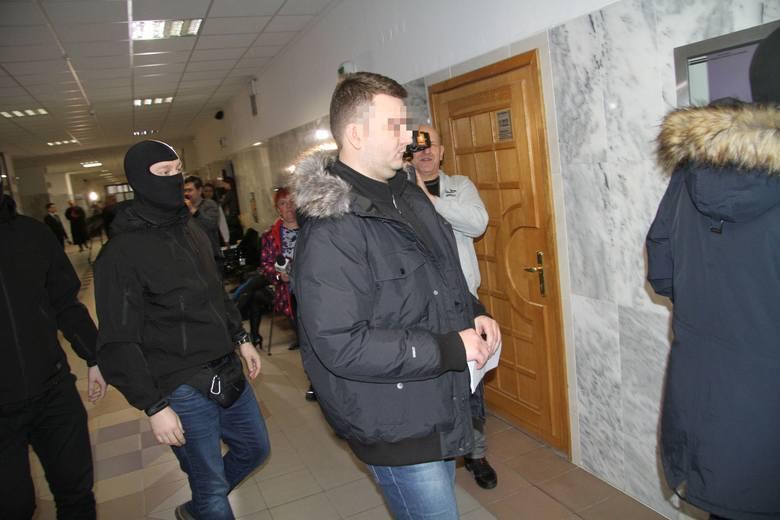 Tarnobrzeg: Są trzy zażalenia na aresztowanie Bartłomieja M., byłego rzecznika MON