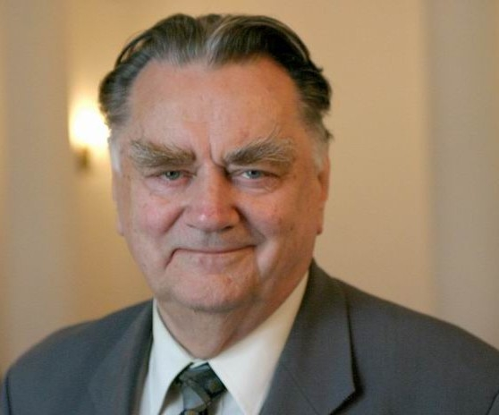Pogrzeb Jana Olszewskiego odbędzie się w sobotę. Dziś zapadnie decyzja o żałobie narodowej