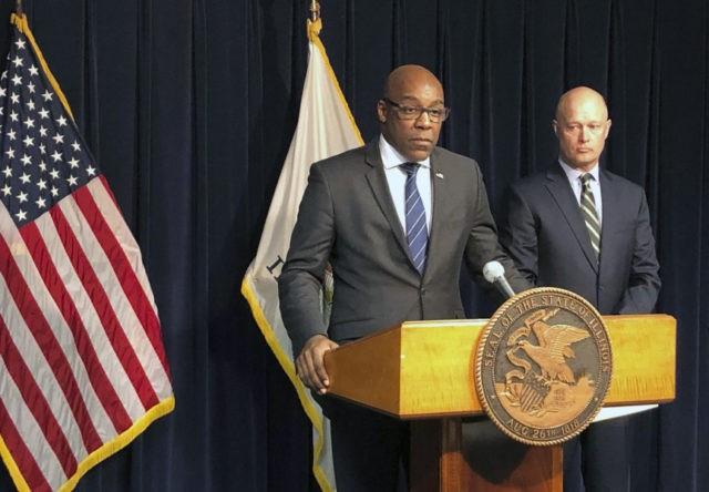 Prokurator generalny Illinois chce sprawdzić, czy wyrok ws. Jasona Van Dyke'a nie jest za niski