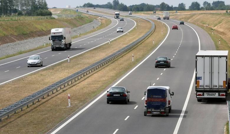 Niemiecki rząd chce, aby wszyscy kierowcy samochodów osobowych płacili za korzystanie z darmowych dotąd autostrad