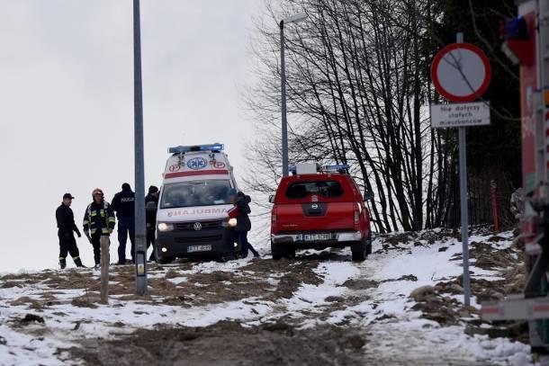 Brutalne morderstwo w Zakopanem. Mężczyzna w szale zadawał ciosy… łopatą?