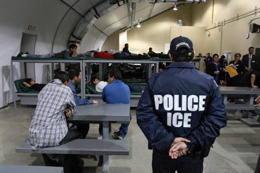 Władze Dwight Village zgodziły się na budowę więzienia imigracyjnego