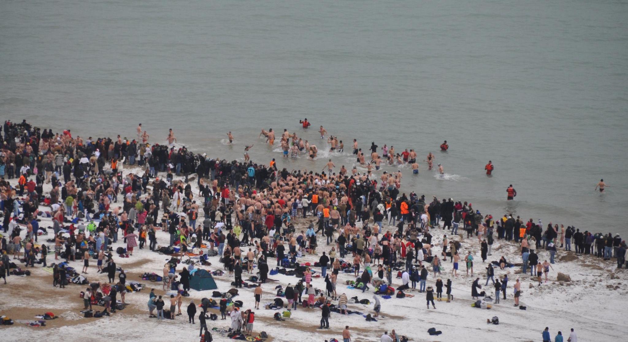 Ponad 4 tysiące osób wzięło udział w Chicago Polar Plunge