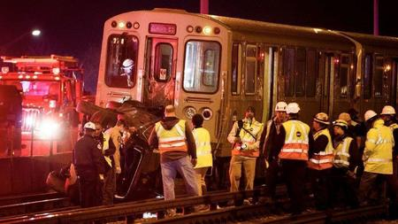 Samochód wjechał na tory kolejki Blue Line przy O'Hare. Zginęła jedna osoba