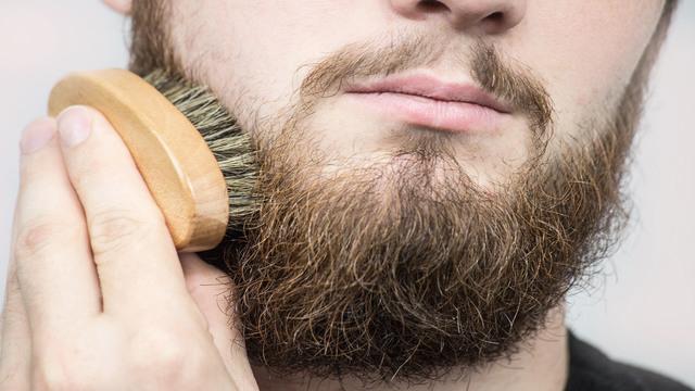 Męska broda ma więcej zarazków niż psia sierść