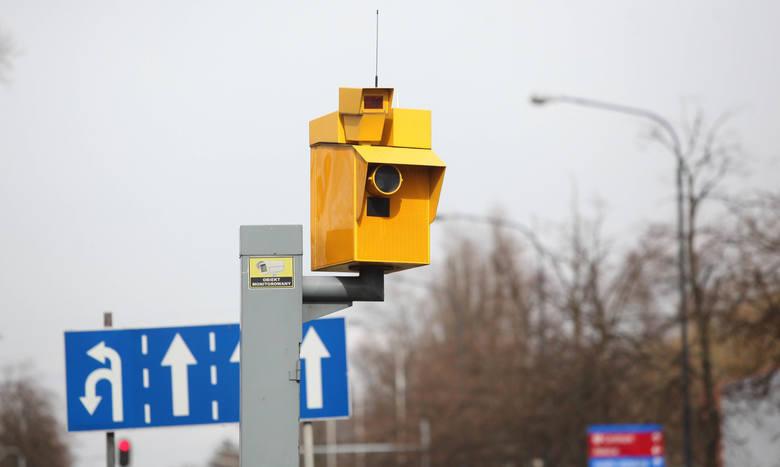 Poznań: Służby nie mogą ukarać miliona kierowców, którzy przekroczyli prędkość