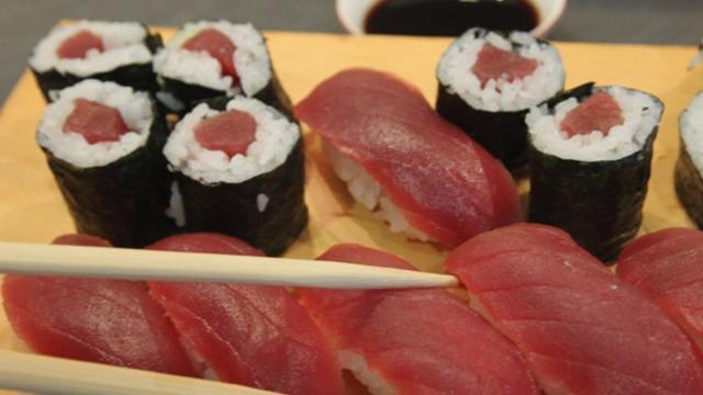 Salmonella w mrożonym tuńczyku. Zachorowało 13 osób