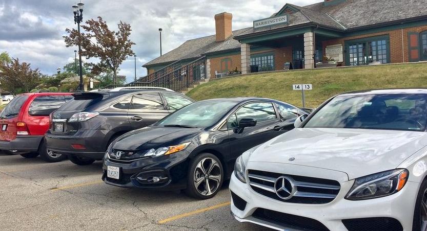 W Barrington można zarezerwować parking przy stacji Metry za 1 200 dolarów