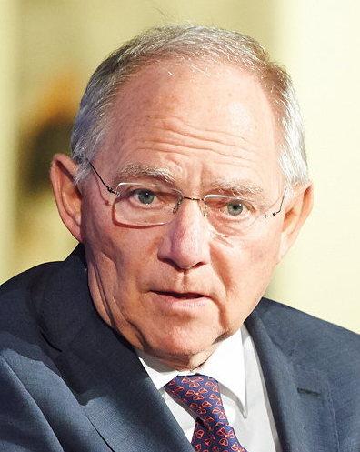Przewodniczący Bundestagu Wolfgang Schaeuble: Zmuszanie innych państw do przyjmowania imigrantów jest błędem