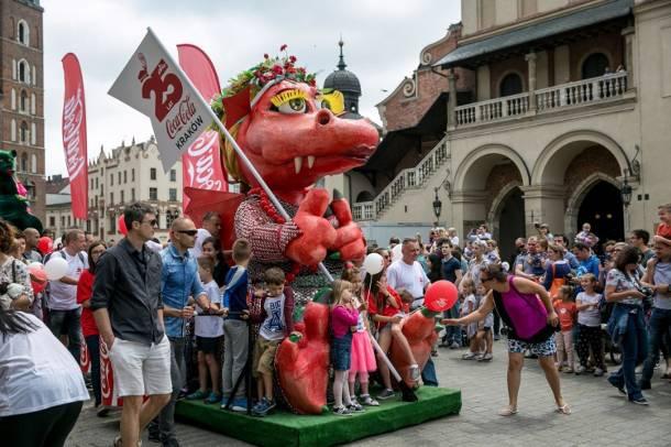 Kraków: Miejska impreza promuje to, czego dzieci powinny unikać