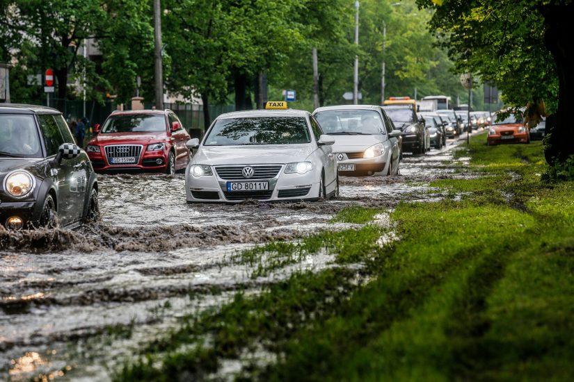 W 21 miejscach w Polsce przekroczone są stany alarmowe na rzekach