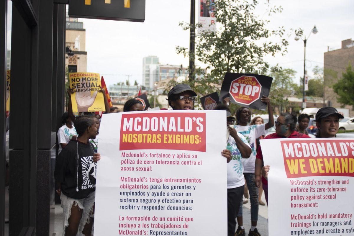 Pracownicy  McDonald's żądają wyższej płacy