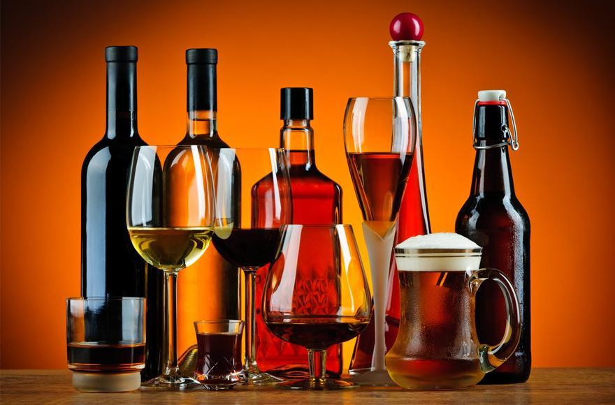 Gubernator Pritzker planuje podwyżkę podatku od alkoholu produkowanego w Illinois