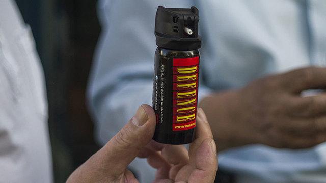 Blisko 100 osób zostało poszkodowanych z powodu rozpylenia gazu pieprzowego w chicagowskich szkołach