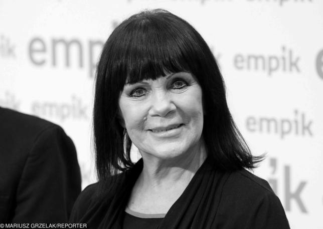 """Pogrzeb gwiazdy Tercetu Egzotycznego – Izabelli Skrybant-Dziewiątkowskiej. """"Pamelo, żegnaj""""…"""