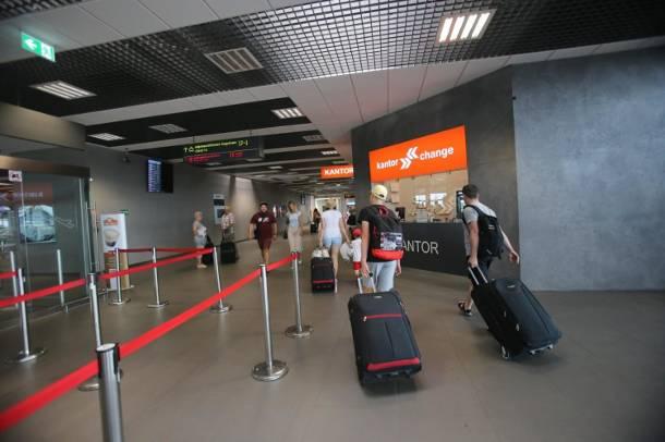 Kraków. Zarzuty i areszt dla nieuczciwego właściciela biura podróży