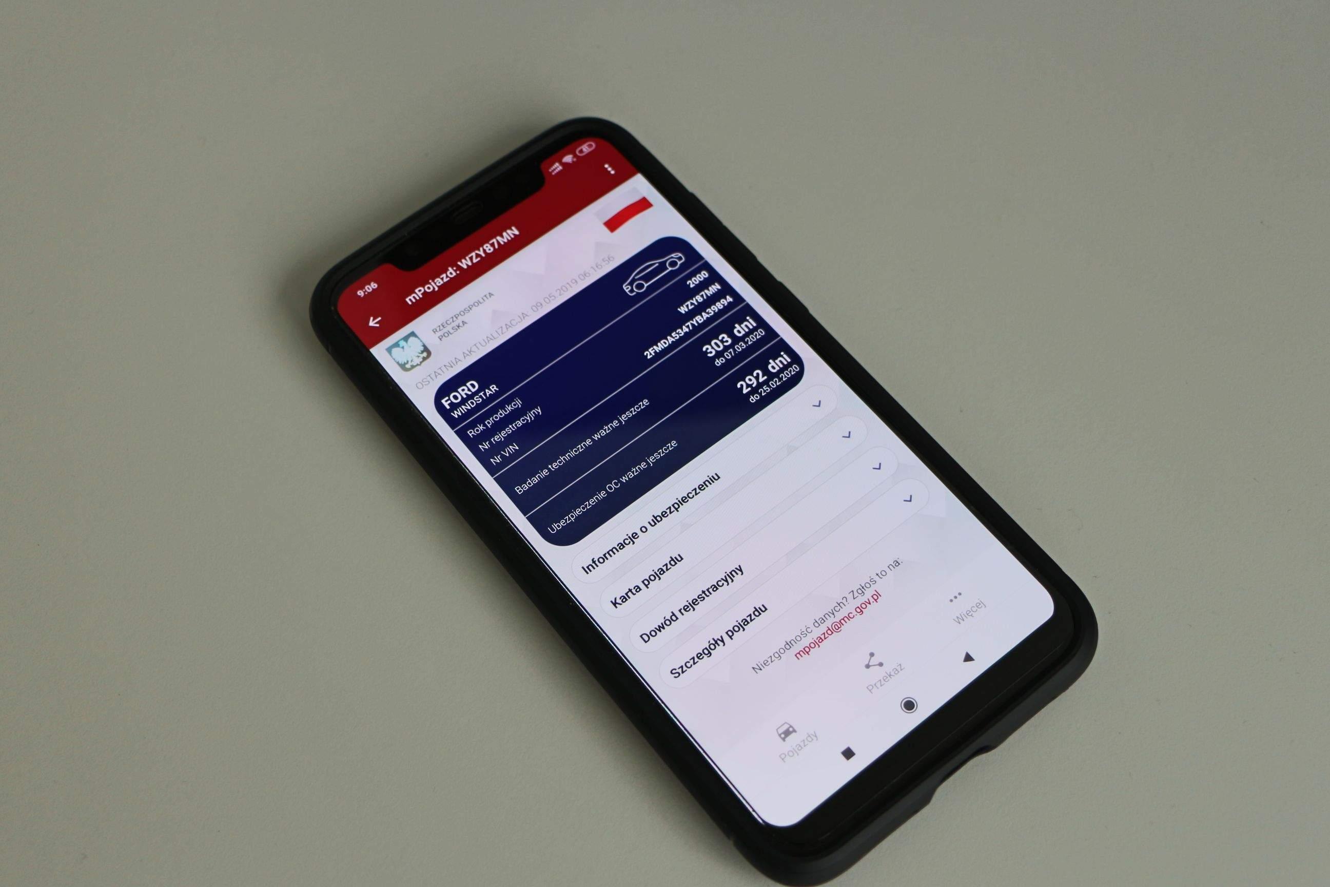 Usługa mPojazd dostępna na urządzenia z systemem iOS