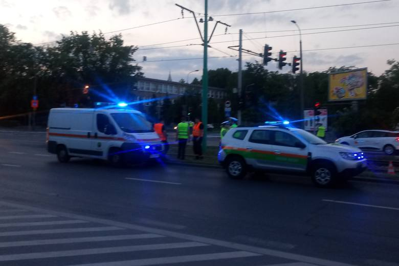 Poznań: Wypadek na Hetmańskiej. Nie żyje dziecko. Motornicza MPK była trzeźwa