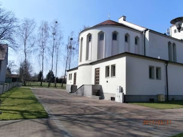 Proboszcz z Pawonkowa z zarzutami pedofilskimi. Pracował też w zabrzańskiej parafii i uczył w szkole