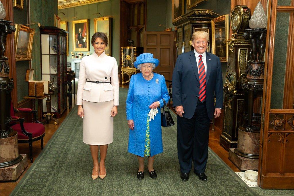Trump z żoną rozpoczęli wizytę w Wielkiej Brytanii