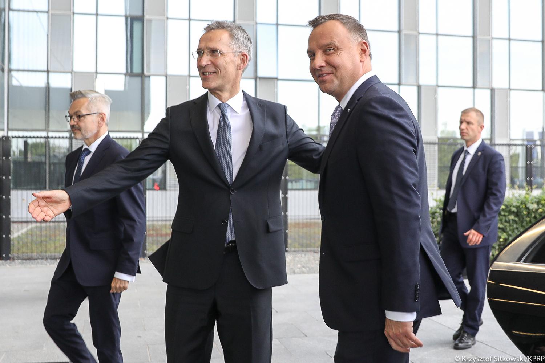 Bruksela: Prezydent Duda poinformował szefa NATO o planach USA