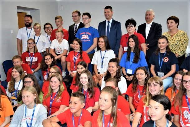 Młodzież z polonijnych szkół w USA odpoczywa w Augustowie