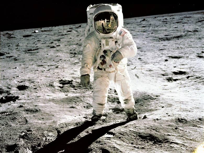 Pół wieku temu ludzka stopa dotknęła Księżyca
